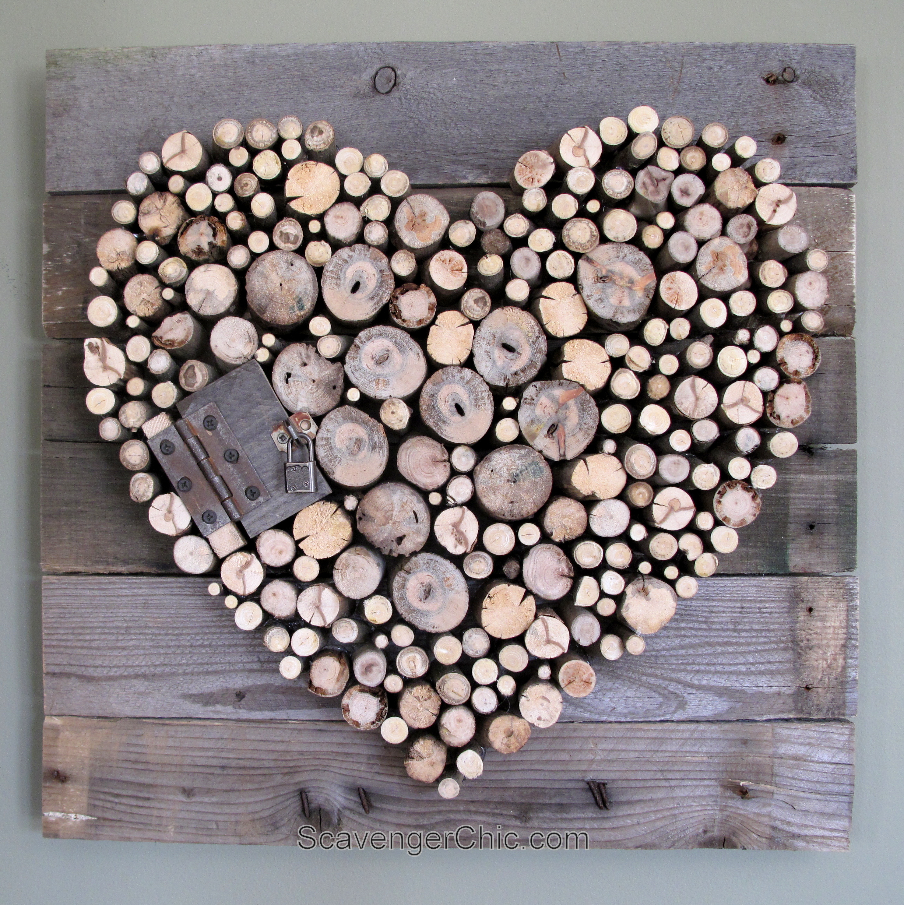 Pallet wood and sticks valentine 39 s heart scavenger chic for How to make online art