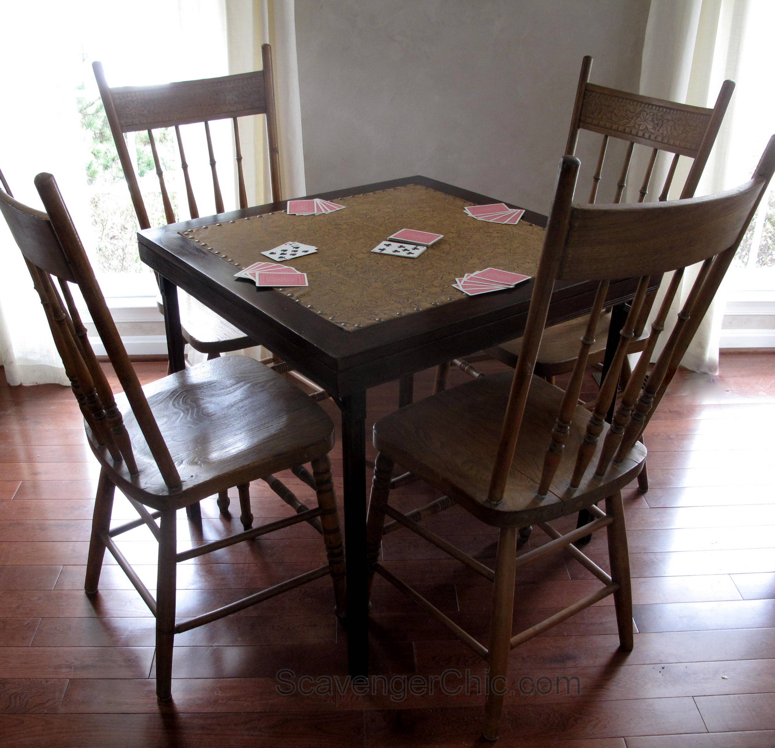 Vintage card table for that